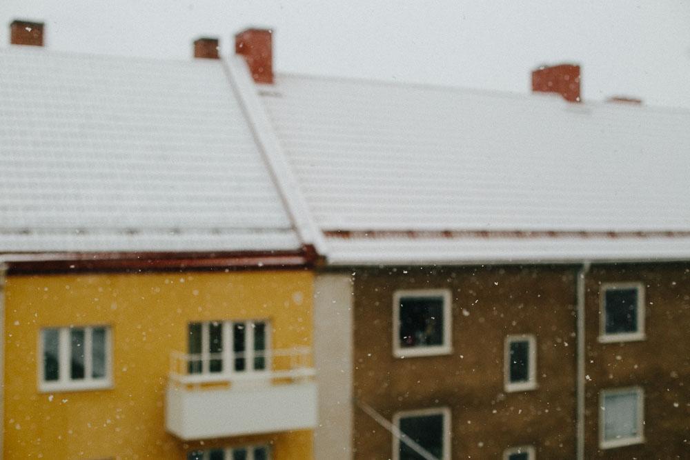 Snö över taken