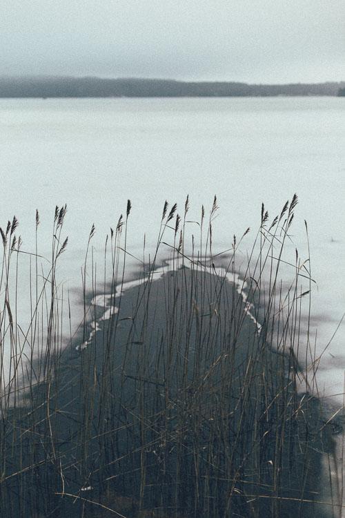 Hål i isen