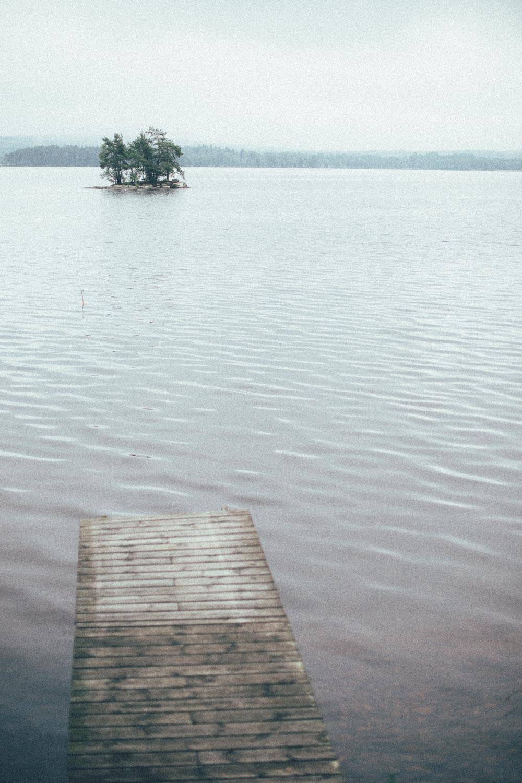 Bryggan mot lille-ön